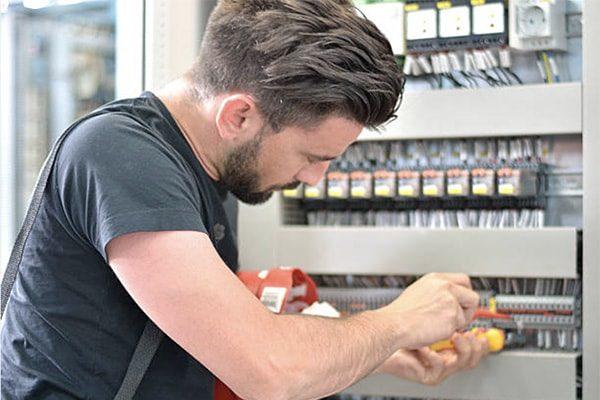elektriker roskilde håndværker service 600x400